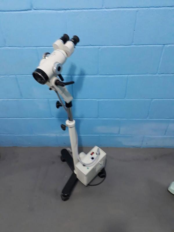 Aluguel de microscópio cirúrgico